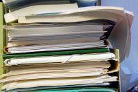 Бюрократия - это бич системы каждого государства. Во всем мире много бюрократов