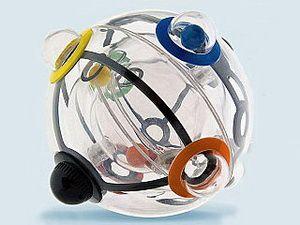Куля для розвитку мозкової діяльності - це супер винахід Рубика :)