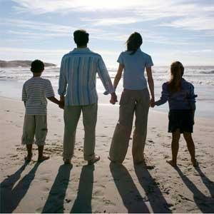 Жінка щаслива сімєю. Інколи можна спробувати описати жіноче щастя... Погляд Мері. Вірші про жінок