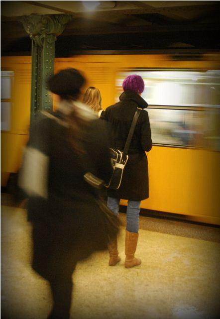 Стих написанный в метро о жизни и трудностях, радостях, мыслях