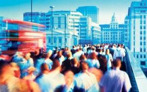 много людей, толпа хаос люди, люди в хаосе, люди на улице, вулиця людей