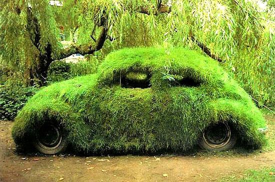 На такому зеленому авто можна далеко заїхати / На таком зеленом автомобиле можно далеко заехать
