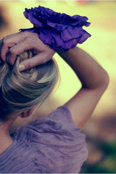 Её у тебя украдут. Не дозвольте вкрасти вашу квітку! Фото by monica zborovskaya