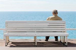 мужчина на скамейке, man on bench, man sitting sea, man bench sea